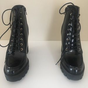 Zara TRF Black Lace-up platform booties